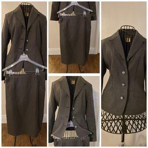 Harve Beard | Skirt Suit